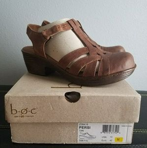 Born Tan Persi Women's Clogs *BRAND NEW IN BOX*
